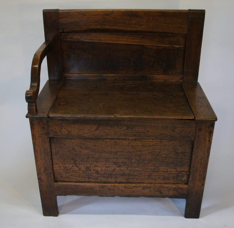 Georgian Box Settle